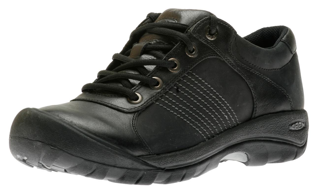 Finlay Walking Shoes