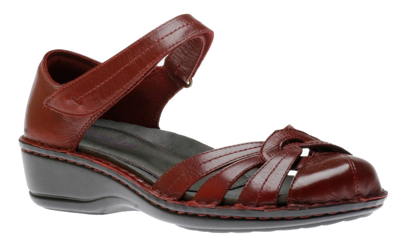Women's Aravon^ Tia Slip-on Shoes, Brown