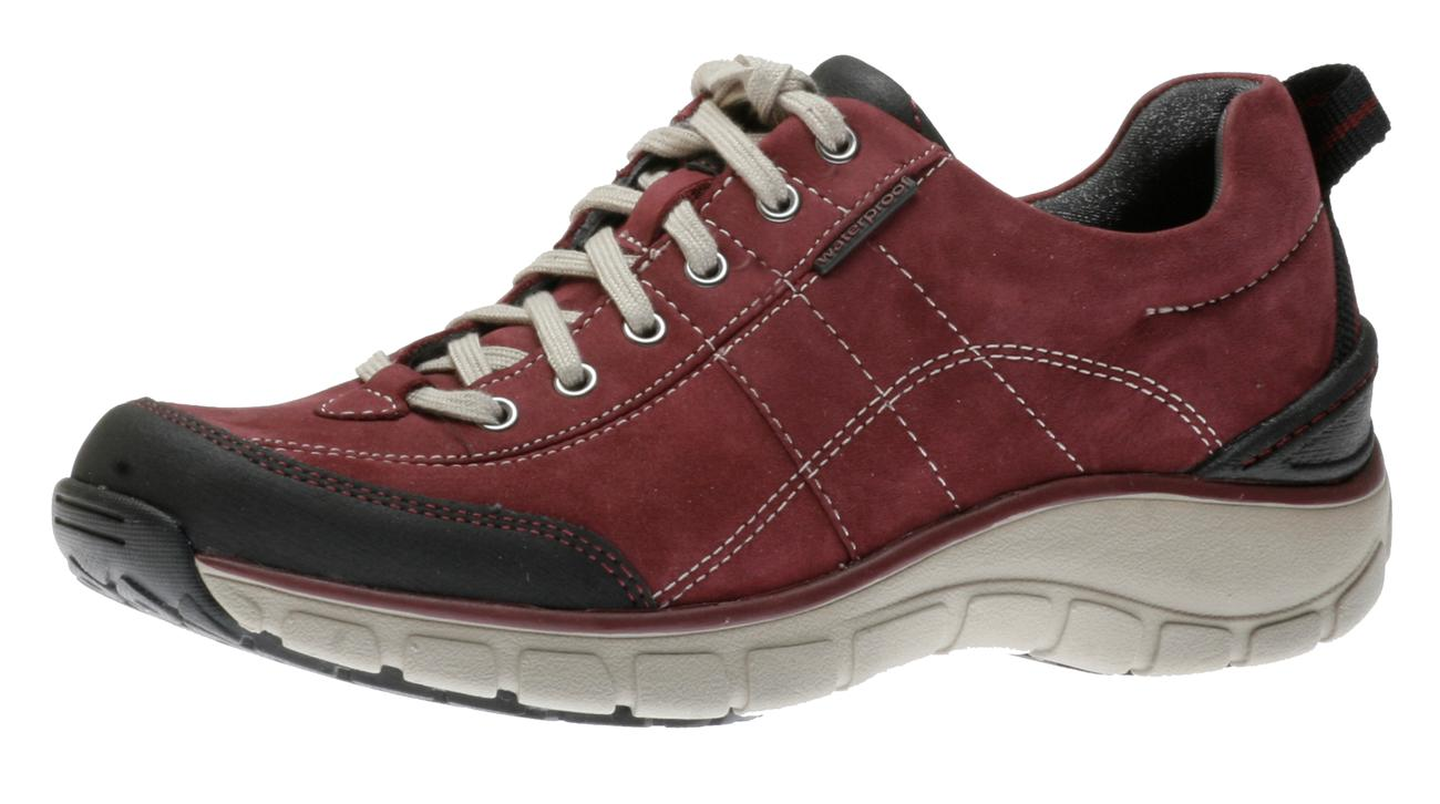 Clarks Wave Trek Berry