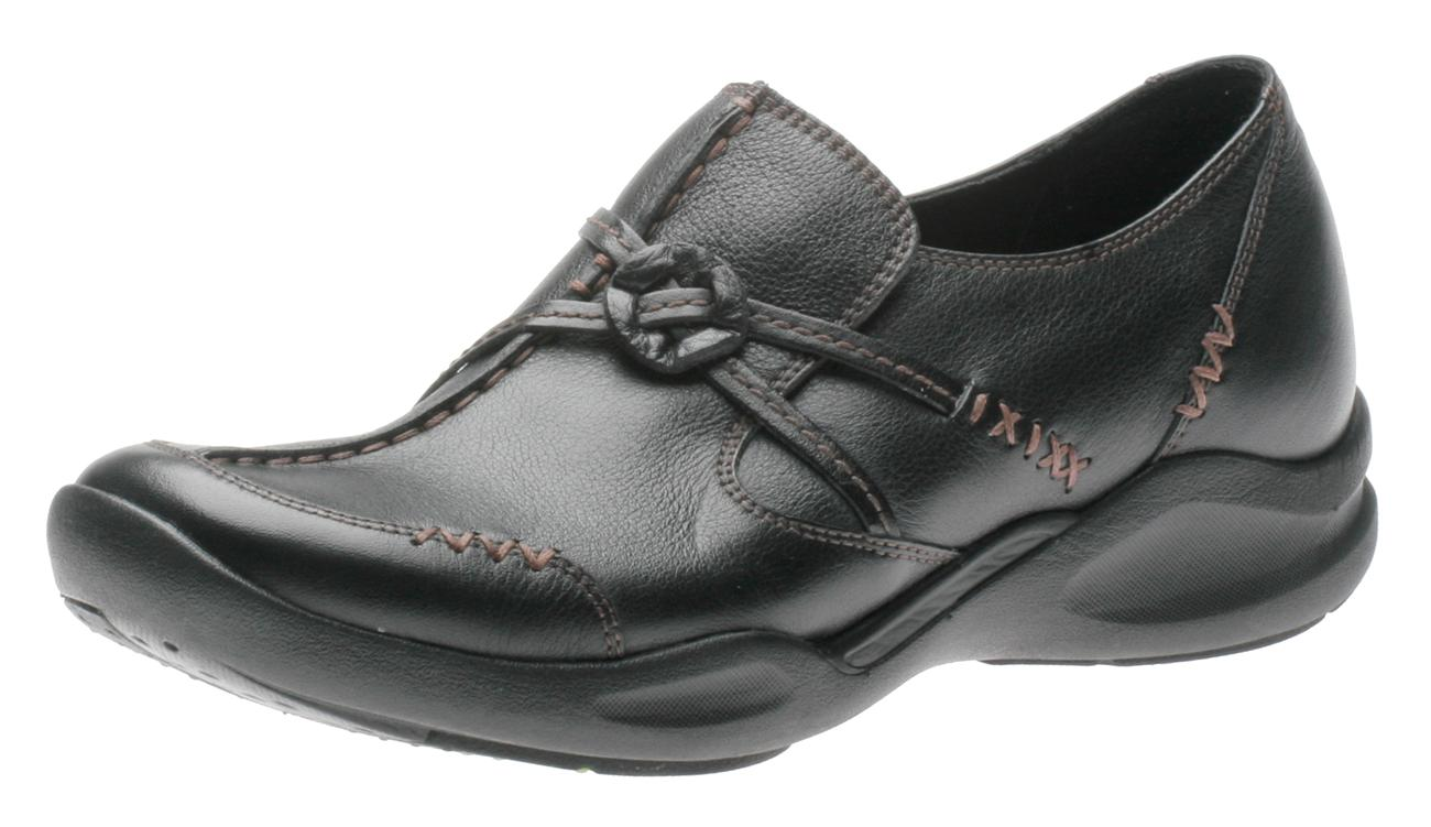 Women's Black Leather Clarks Wave.Cabin Shoes 886296 - $116.20